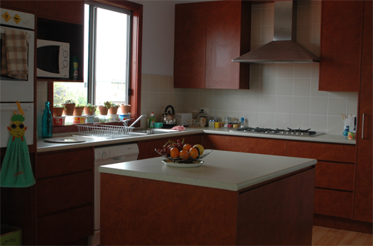 ARET Australian Recreation & Educational Tours Wollongong - Accommodation Bedroom Kitchen