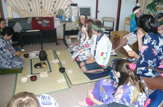 ARET australian recreation and educational tours wollongong japanese immersion - tea ceremony 2